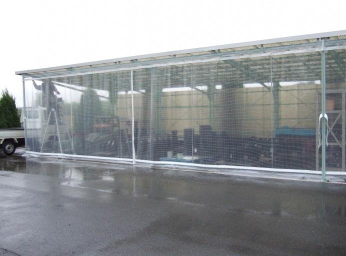 屋外ビニールカーテン[雨風を防ぐ]